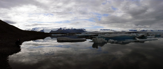 http://laccoudoir.files.wordpress.com/2011/04/islande-tom-manoury.jpg